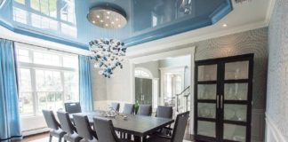 Dining room with blue ceiling